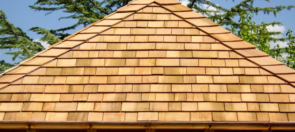 Estructura y tejas de madera tejas de madera for Tejados de madera y teja